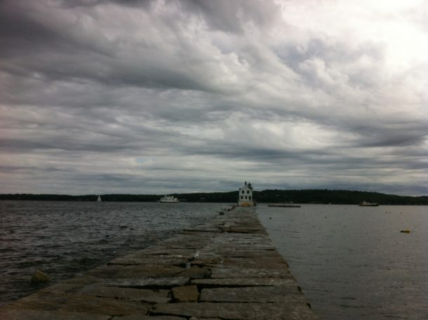 rockland harbor breakwater light3